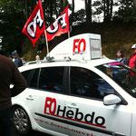 même la presse syndical a affrêté une voiture pour la caravane!
