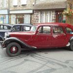 Exposition de voitures anciennes: les Tractions