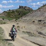 die Kammüberquerung von der N230 über Claravalls, Cajigar nach Puebla de Roda