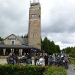 .. am höchsten Berg Belgiens  - öhhmm wie heißt der noch?