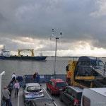 Überquerung der Elbe auf der Fähre von Glücksburg nach Wischhafen