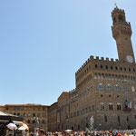 die Piazza della Signoria mit dem Palazzo Vecchio