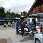 kurzer Stop an der Tanke in Schluchsee
