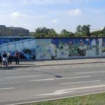 """Berlin, Teile der alten """"Mauer"""""""
