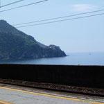 ...und mit dem Zug weiter in's nächste Dorf mit Blick auf Corniglia