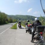 unser Geleitschutz bis zur Schweizer Grenze