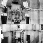 Schwedt, Schloßkapelle, die später erweiterte, um 1735 erbaute Orgel aus Stolzenberg (Mittelteil)