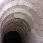 Château de Picquigny, escalier d'accès à une cave