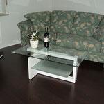Küche mit gemütlichem Sofa Ferienwohnung Gartenidylle Ostfriesland Leer