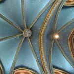 Detail foto plafond koor gedeeltevan de Saint Jean Batiste kerk in Ancemont, Frankrijk (Na)