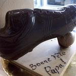 Chaussures de foot en chocolat. Environ 12 € à 20 €.