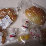 パンとブローチとキャベツを買いました