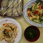 食事のおかずは他にも有りましたが、わらび餅は手作りだそうですので^^