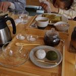 大福と香ル茶をいただきました。