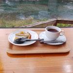 10月3日、高知県四万十町。おちゃくりcafeでミーティング。