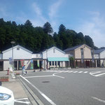 4日。鳥取に向かう途中。高速道路をおりて国道9号線に。道の駅ようか(八鹿と書いてようか)。