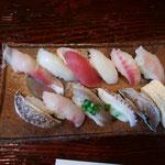 1日。能登町宇出津の寿司屋さん。