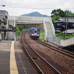 南山城村の玄関、月ヶ瀬口駅。ここから京都駅に向かいました。