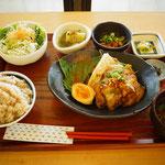 お昼に「村定食」