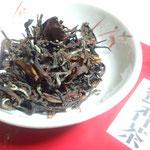 蜜香茶(ウンカヤブキタ、釜炒り烏龍)