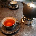 3日。京都のホテルで四万十の紅茶。