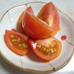 6日。うちの畑のトマトだから食べるけど、新鮮なだけで、おいしくありません。