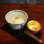 10月9日、奥さんと知人のお店「金箔・田じま」を訪問。金箔ゆずアイスをいただく。