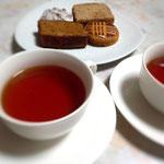 高梁紅茶、復興茶園の紅茶を淹れました。発見がいろいろあります。
