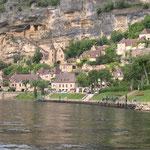 La Roque Gageac depuis la Dordogne
