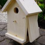 Vogelhuisje bouwen nestkastje onbeschilderd met open deurtje_staand