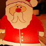 Houten Sfeerlicht Kerstman, uniek, theelichthouder speciaal, bijzondere sfeerlichten, uitgevallen theelichthouder_9