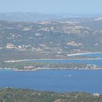 Blick auf die Bucht von Arzachena mit CP Isuledda