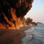 Sonnenaufgang am Hiliadou-Strand