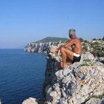 Die Klippen am Strand von Kria Vrissi