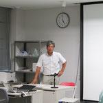 閉会の挨拶をする高知県測量設計業協会の副技術委員長の久保田明氏
