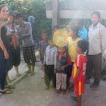 Besuch bei der Familie resp. provisorischen Schule