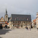 Der Rathausplatz in Quedlinburg