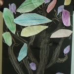 枝が踊っているみたい!葉っぱのこすりだしの色にもこだわったよ!