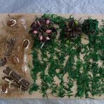 枝や松ぼっくりがケーキみたいにデコレーション!