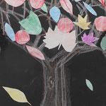季節感も出ていて、とてもきれいだね!枯れ葉の音がしてきそうな木になったね。