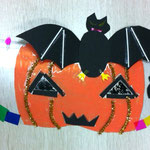 素材をそれぞれ上手に使ってハロウィン盛りだくさんの仮面です!