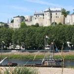 château de Chinon 22 rue du poids Bourgueil