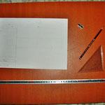 Eine der Zeichenplatte und eine Zeichnung vom Hammer den ich gebaut habe.
