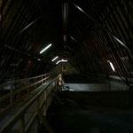Dunkel ists im Dachstuhl