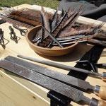 Benötigte Materialien zur Pfeilherstellung