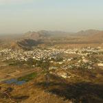 Panorama sur Pushkar depuis une colline voisine