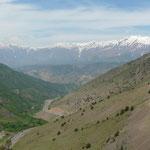 Ca y est nous avons passe notre dernier col avant le Caucase... a nous la descente! et la plaine...