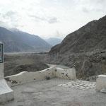 Nicolas au point de rencontre des chaines montagneuses de l'Himalaya, du Karakorum et de l'Hindu Kush
