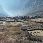 Le village de Langtang, dans la vallée du meme nom.