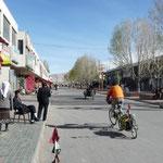 Tashkurgan, une vrai ville chinoise. Ca change de Sost et du Pakistan!